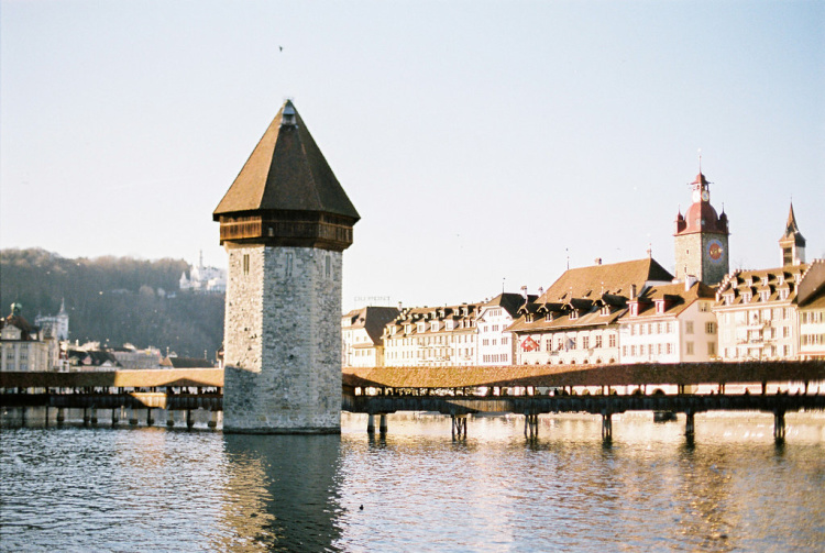 AT_Luzern-01
