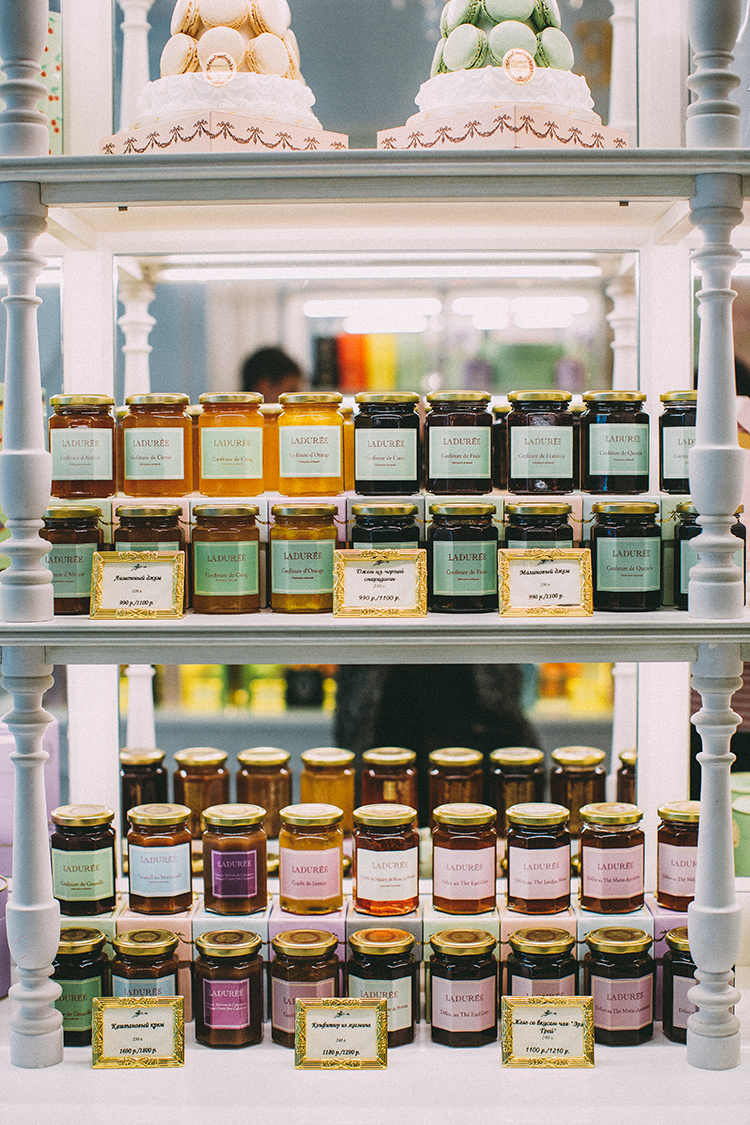Laduree-Moscow-SimpleBeyond-09