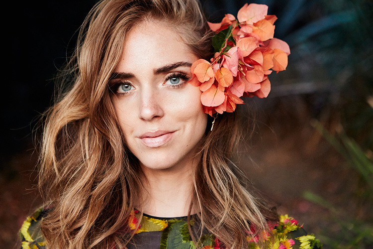 Chiara-Ferragni-Simple-Beyond-08