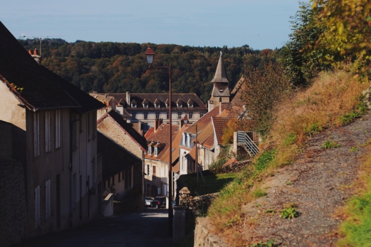 welcome-french-village-04