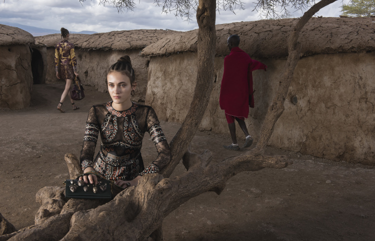 valentino-spring-summer-2016-campaign-by-steve-mccurry-15