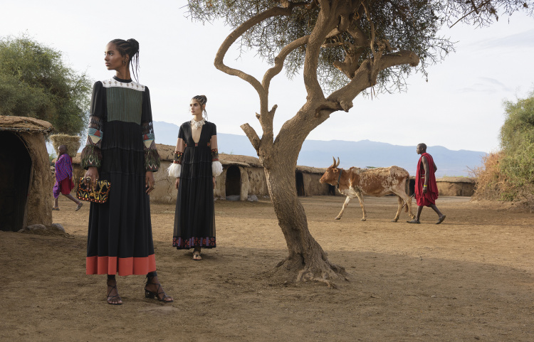valentino-spring-summer-2016-campaign-by-steve-mccurry-8