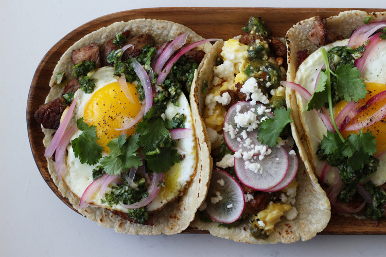 Breakfast-tacos-HonestlyYUM-02
