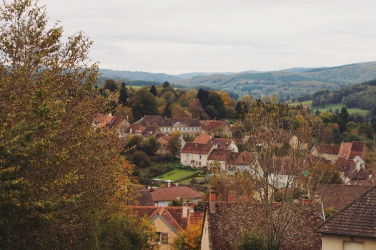 welcome-french-village-02