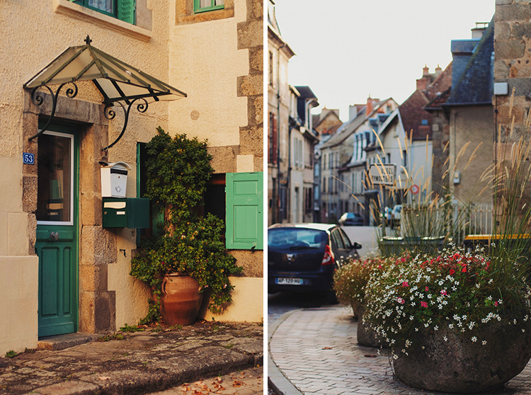 welcome-french-village-03