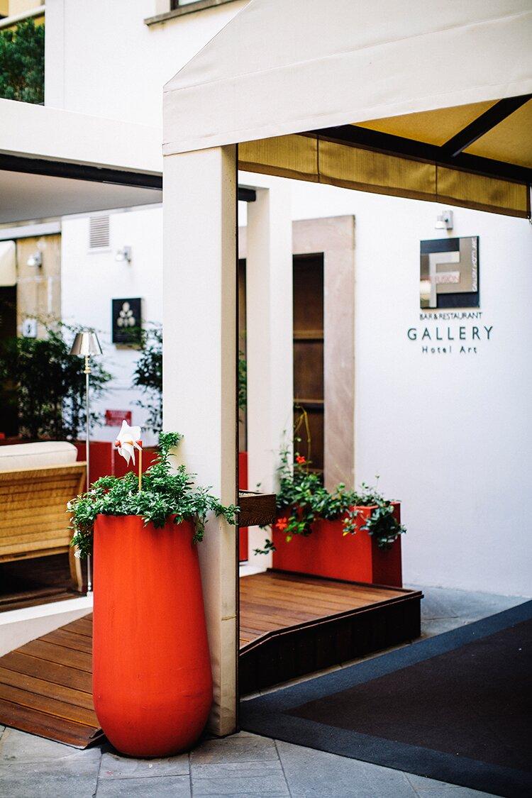 Gallery-Hotel-Art-SB-14