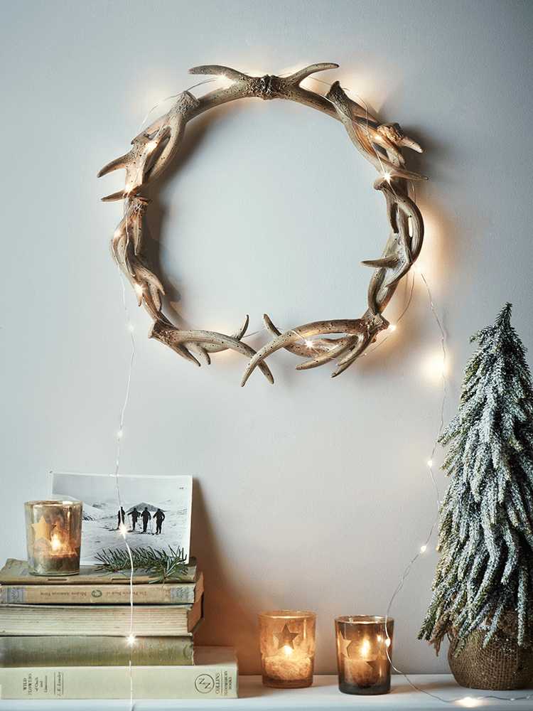 holiday christmas antler wreath - 736×981